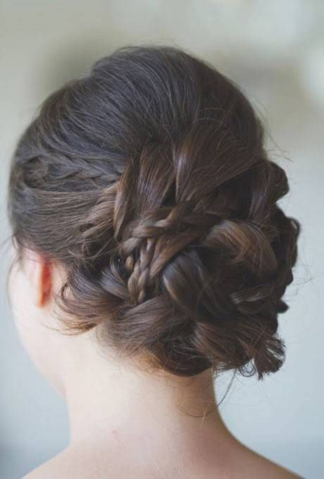 http://www.brides.com/wedding-dresses-style/wedding-hair/2013/01/wedding-hairstyles-for-straight-hair#slide=20